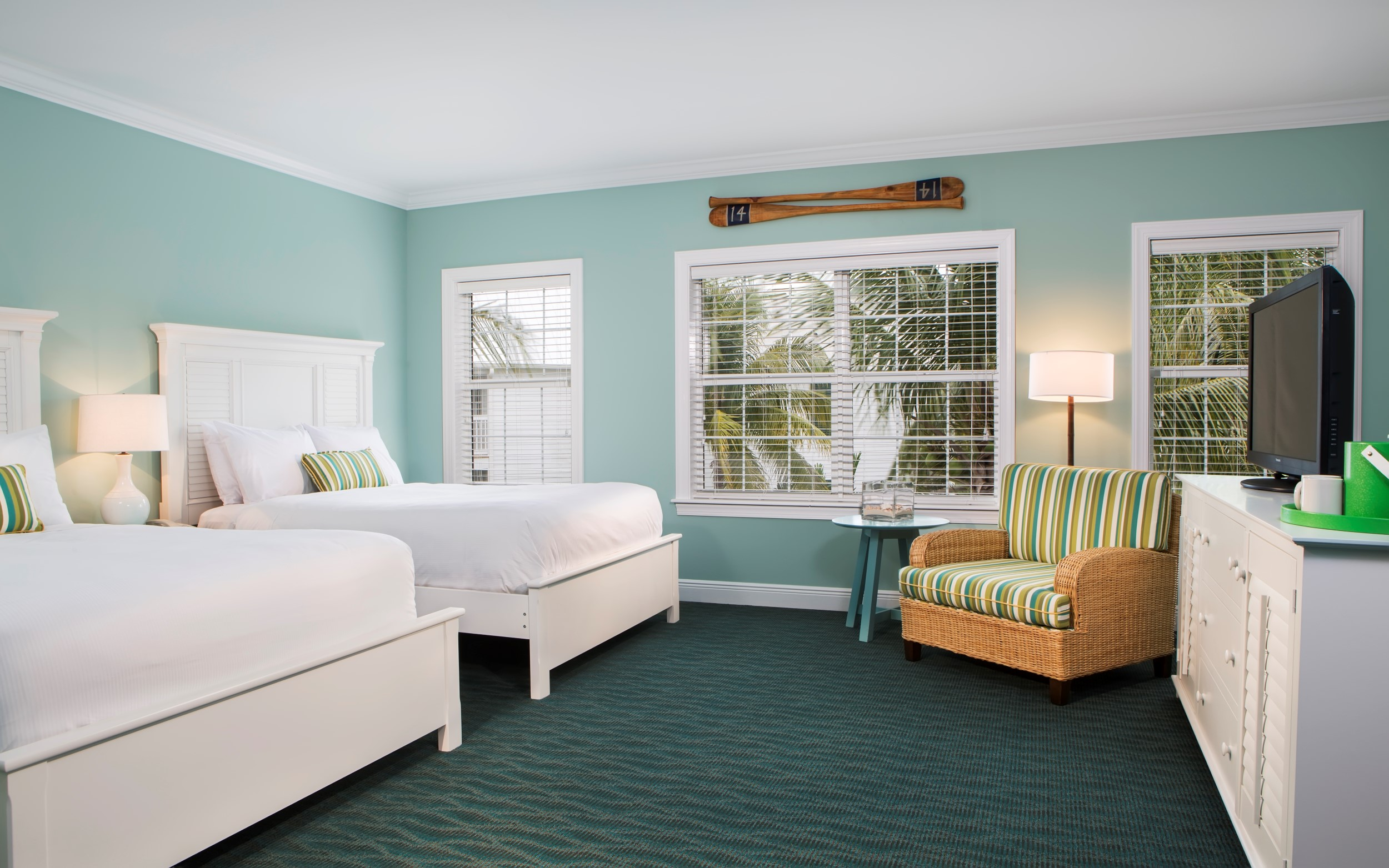 Tranquility Bay Double Queen Guestroom
